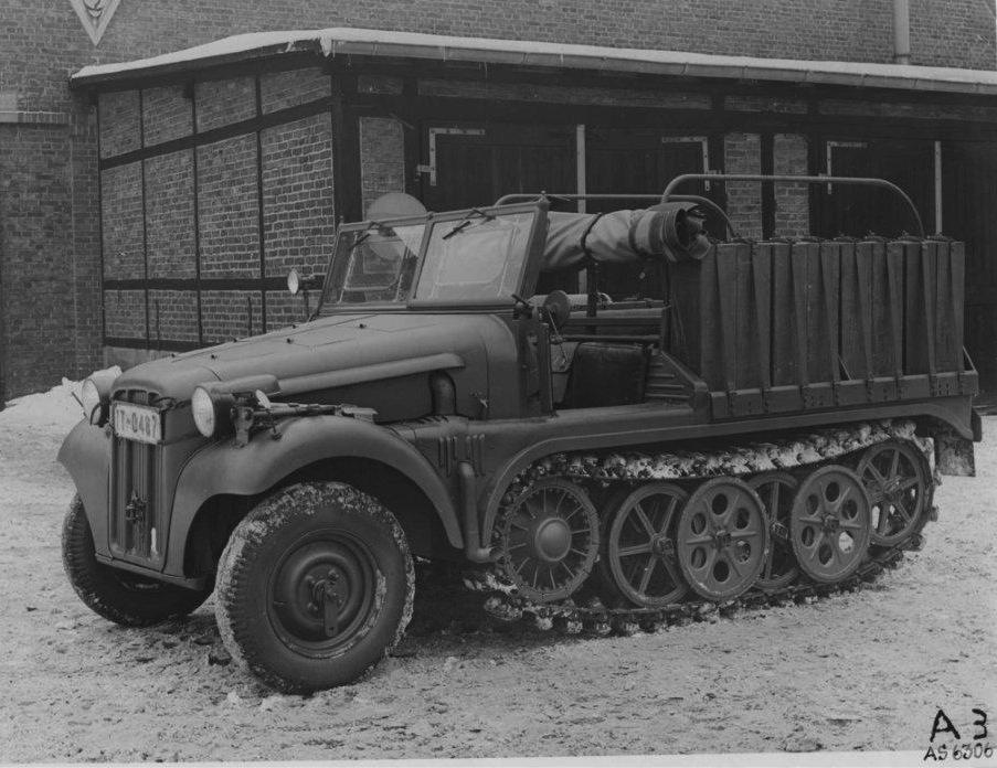 Halbkettenfahrzeug aus der Produktion der Adlerwerke